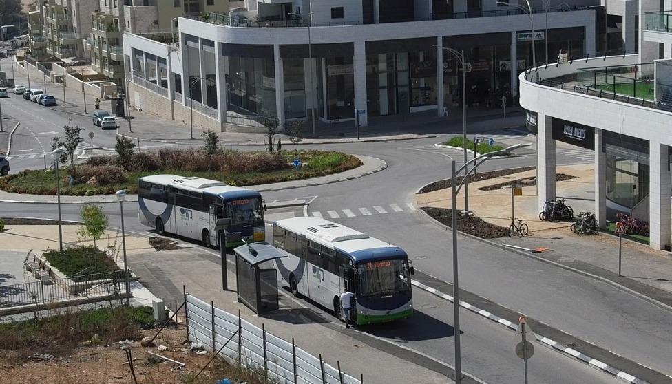 אוטובוסים בחריש