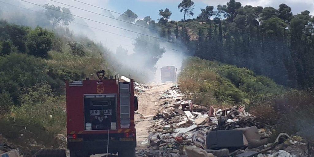 שריפה פסולת אום אל פאחם יער צילום כבה