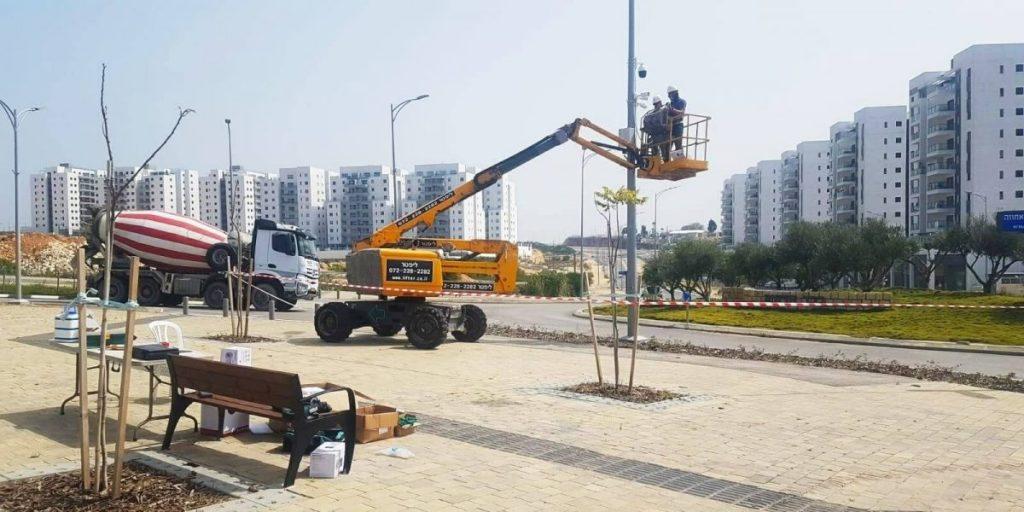 התקנת מצלמות אבטחה ביטחון צילום: דוברות עיריית חריש