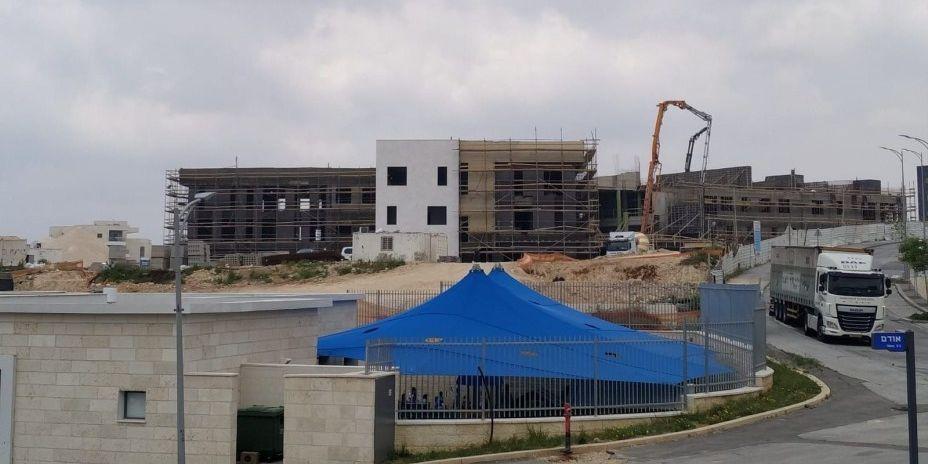 תיכון חדש באבני חן אפריל 2021