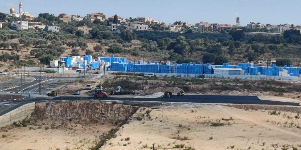 """הקמת המסוף המזרחי שכונת מעו""""ף. צילום: איילת ביטרן"""