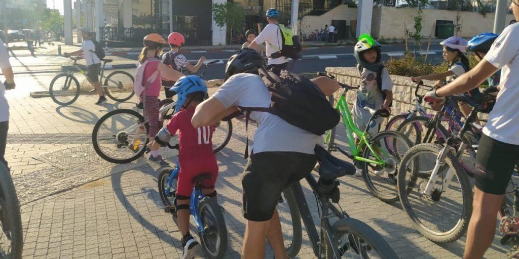 תחבורה ציבורית, נחלצים מהפקקים, קו פנימי, אופניים, אופנים