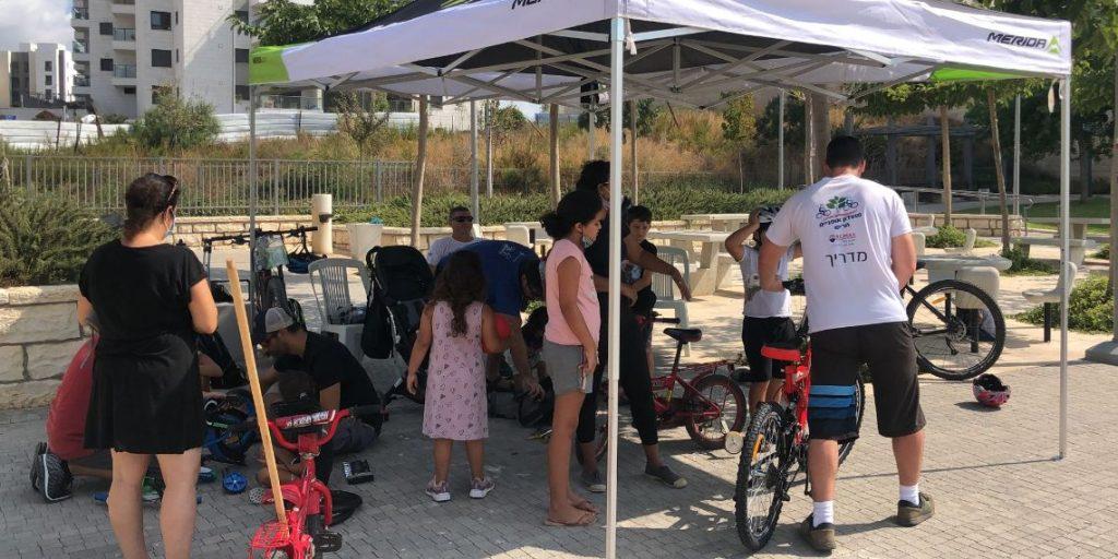 תיקון אופניים קהילתי יום כיפור